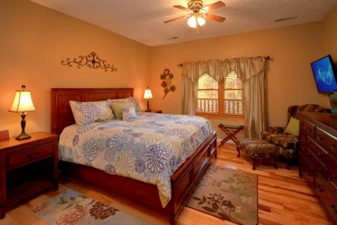 5 Bedroom Cabin Sleeps 14 wit Large Master Suite - Elkhorn Lodge
