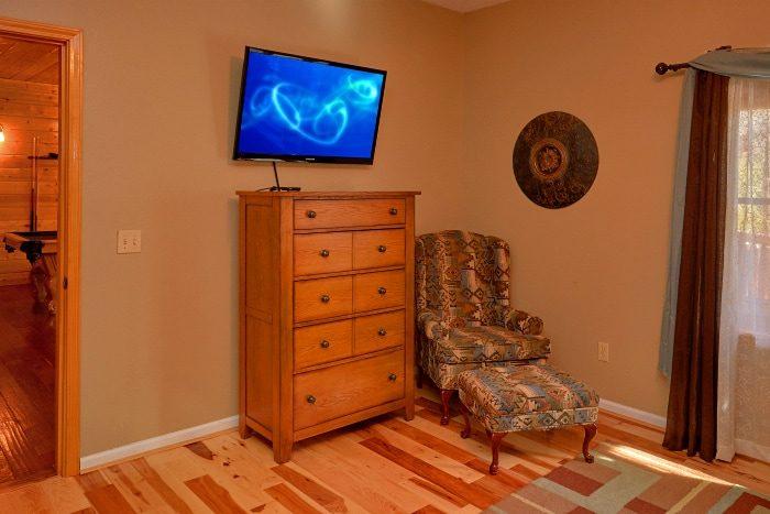 Spacious Master Suite 5 Bedroom Cabin Sleeps 14 - Elkhorn Lodge