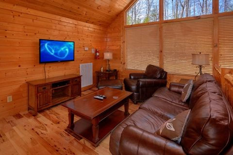 5 Bedroom Cabin Sleeps 14 with 2 Seating Areas - Elkhorn Lodge