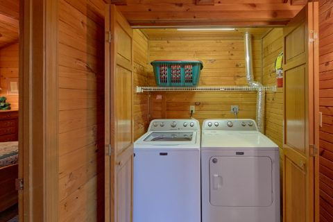 Full Size Washer & Dryer - Emerald View