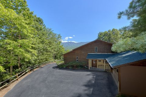 3 Bedroom Cabin with Paved Driveway Gatlinburg - Emerald View