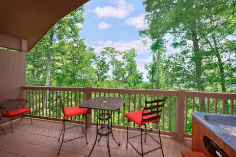 1 Bedroom Cabin with Private Deck and View - Enchanted Evenings