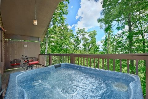 Luxury Cabin with Hot Tub and Mountain View - Enchanted Evenings