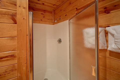 Gatlinburg 2 Bedroom 2 Bath Cabin Sleeps 10 - Endless Joy