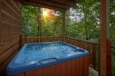 Private Hot Tub 2 Bedroom Cabin Sleeps 10
