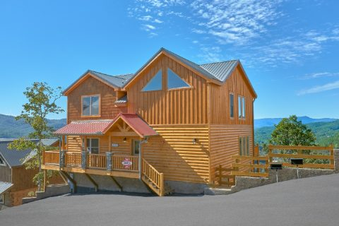 Spacious cabin with 5 bedrooms plus indoor pool - Endless Sunsets