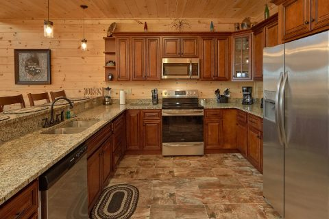 Premium 5 bedroom cabin with full Kitchen - Endless Sunsets