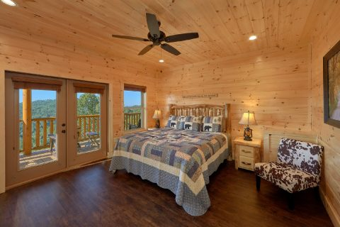 5 bedroom cabin with 4 Master Bedrooms - Endless Sunsets