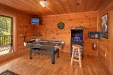 3 Bedroom Cabin with Arcade Game and Air Hockey