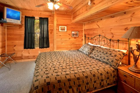 3 Bedroom Cabin with Private King Bedrooms - Falcon Crest