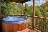 Luxury 3 Bedroom Cabin with Private Hot Tub