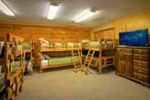 Large bedroom with 16 twin beds