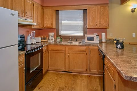 3 Bedroom Cabin with Full Kitchen - Family Getaway