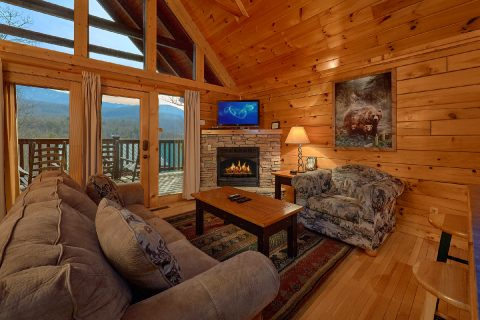 2 bedroom cabin with Sleeper sofa and fireplace - Fireside View