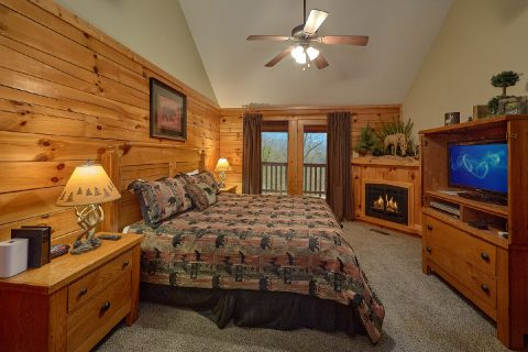 2 bedroom cabin with King Master Bedroom - Fireside View