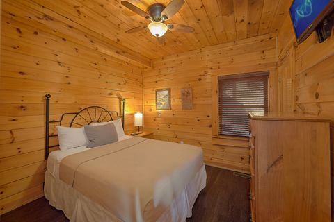 Cabins at the Crossing Sevierville Cabin resort - Fishin Hole