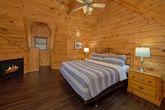 Luxurious Master Bedroom in 4 bedroom cabin