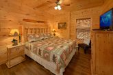 3 Bedroom Luxury Cabin with 3 King bedrooms