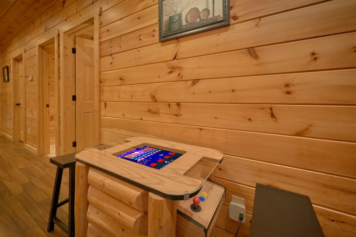 Cabin with 3 bedrooms and Arcade Game - Flying Bear