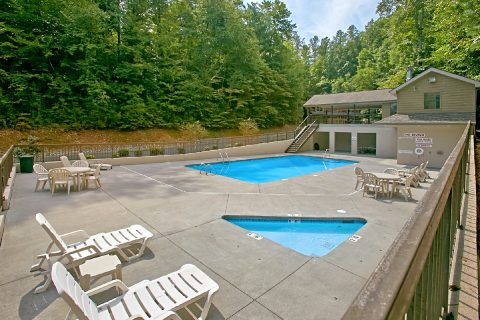 Brookstone Village Resort Pool - Foxes Den