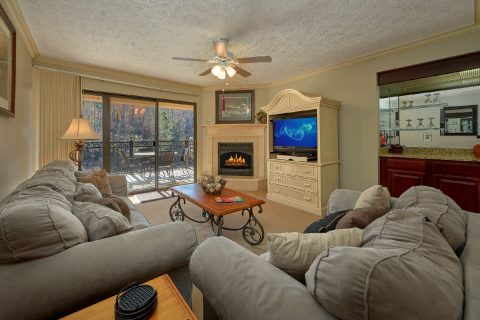 Cozy living area with fireplace in rental condo - Gatehouse 505