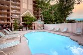 2 Bedroom condo with Pool in Gatlinburg