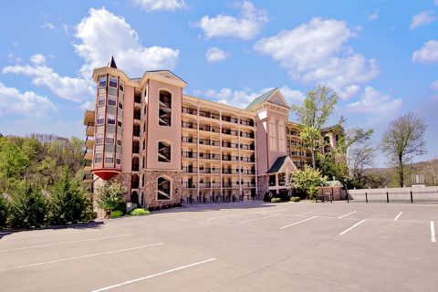 Gatlinburg Condo in walking distance of downtown - Gatehouse 505