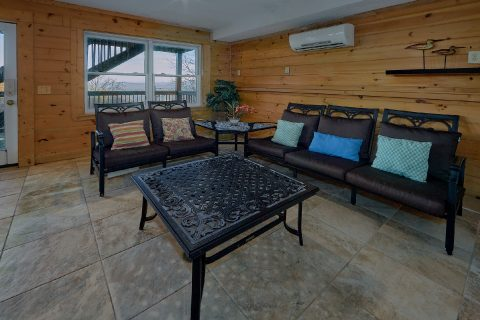 Indoor Pool 3 Bedroom Gatlinburg Cabin - Gatlinburg Splash