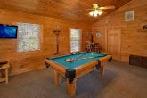 Gatlinburg 3 Bedroom Sleeps 10 with Pool Table