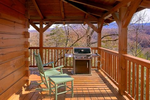 Gatlinburg 3 Bedroom Cabin Sleeps 10 with Views - Gatlinburg Views