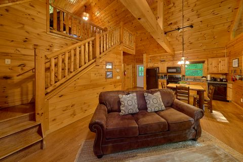 Cabin with Lofted Game Room & Pool Table - Git - R - Done