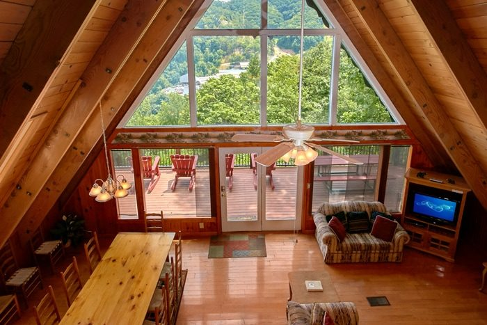 Gatlinburg Cabin with Mountain Views - Grand Pinnacle