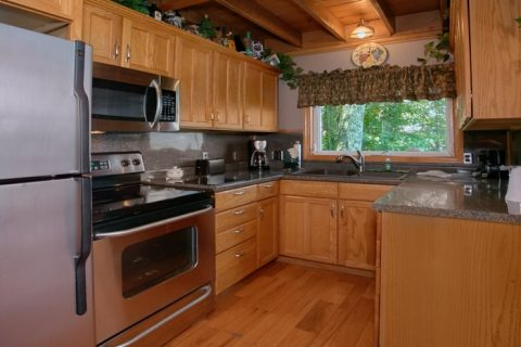 5 Bedroom Cabin with fully stocked kitchen - Grand Pinnacle