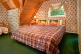 Cabin with King Size bed and Twin bedroom