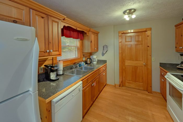 Fully Equipped Kitchen - Gray Fox Den