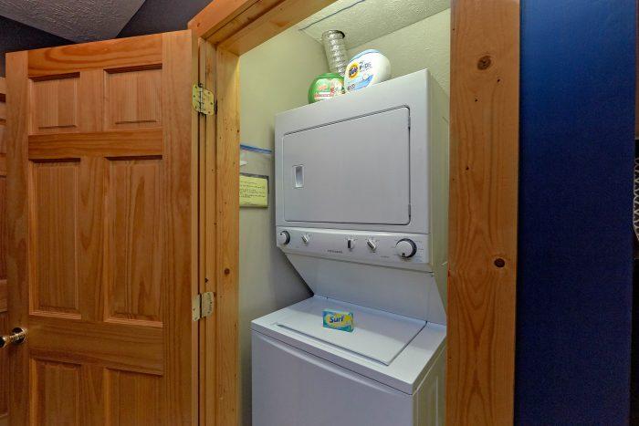 Gatlinburg 3 Bedroom Cabin Sleeps 6 - Gray Fox Den