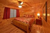 Cabin with 8 king beds