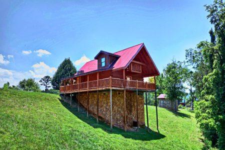Rolling Creek: 2 Bedroom Sevierville Cabin Rental