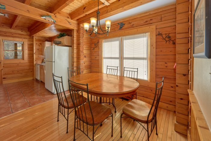 2 Bedroom Cabin in Big Bear Resort - Growly Bear