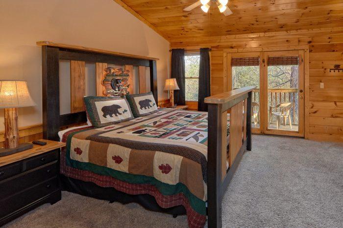 Master Bedroom King Bed - Growly Bear