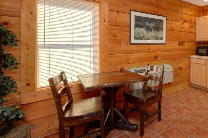 Big Bear Resort 2 Bedroom Cabin - Growly Bear
