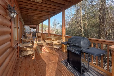 Rocking Chairs and Grill - Growly Bear