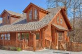 2 Bedroom 3 Story Cabin Sleeps 9