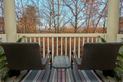 Pigeon Forge condo with private balcony and view - Hailey's Comet