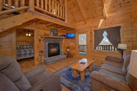 Romantic Cabin in the Smokies with Gas Fireplace - Happily Ever After