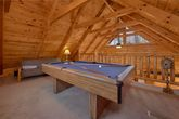 1 Bedroom Cabin with Pool Table and Loft Futon