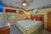 4 Bedroom Cabin with Spacious Queen bedroom