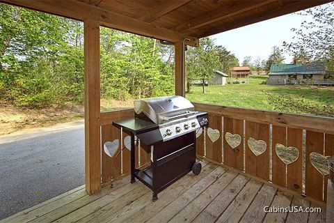 Smoky Mountain Cabin with a grill - Heart to Heart