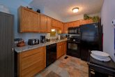 3 bedroom condo with Full Kitchen