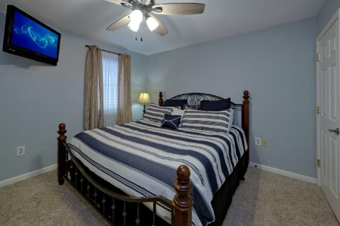 King Bedroom with TV in Gatlinburg Condo - Hearthstone